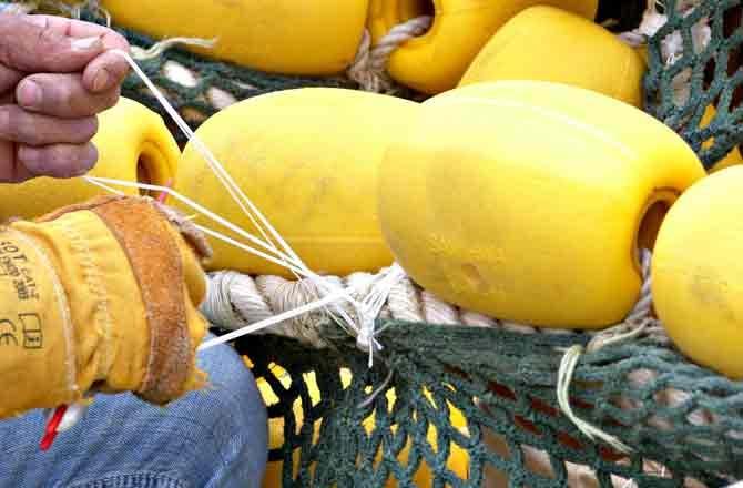 Balıkçılar Mola Verdi Ağlar Bakıma Alındı galerisi resim 2