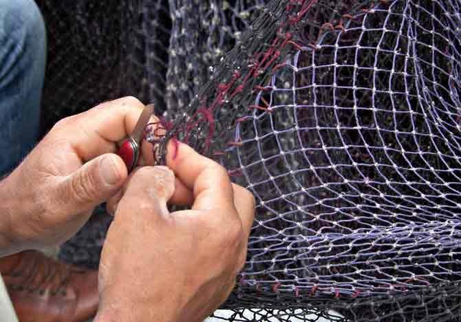 Balıkçılar Mola Verdi Ağlar Bakıma Alındı galerisi resim 5
