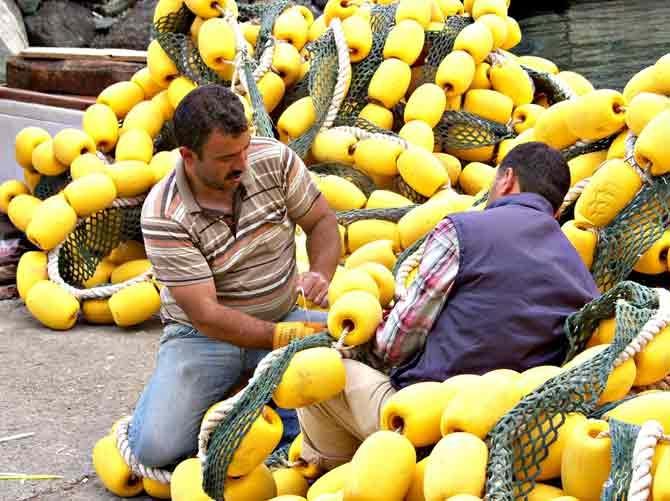 Balıkçılar Mola Verdi Ağlar Bakıma Alındı galerisi resim 7