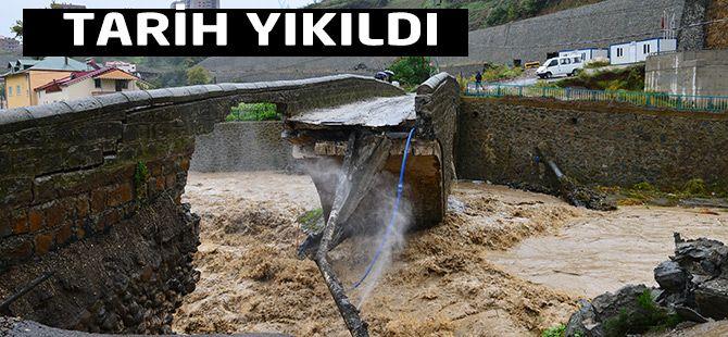 Akçaabat'ta Tarihi köprü yıkıldı