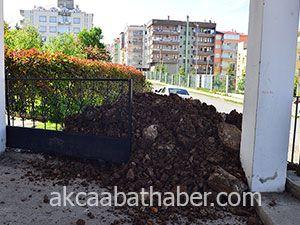 Anadolu Lisesi Yolsuz Kaldı