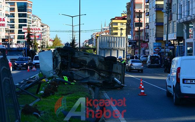 Trabzon'da Trafik Kazası; 3 Yaralı Trabzon'un Akçaabat ilçesin galerisi resim 1