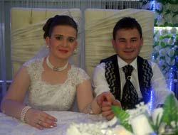 Esra İle Bahattin Evlendi