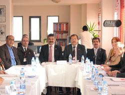 CHPde Parti Okulu Açıldı