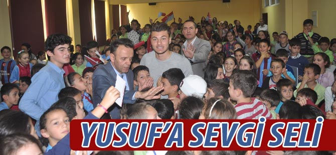 Yusuf Erdoğan Akçaabat'ta coşkuyla karşılandı.