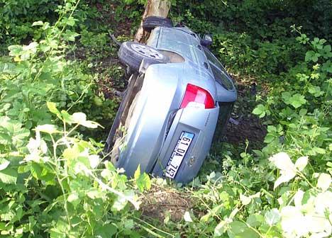 Sağlıkçılar Kaza geçirdi 3 yaralı