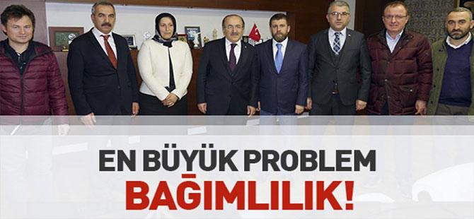 Başkan Gümrükçüoğlu Yeşilay yönetimi kabul etti