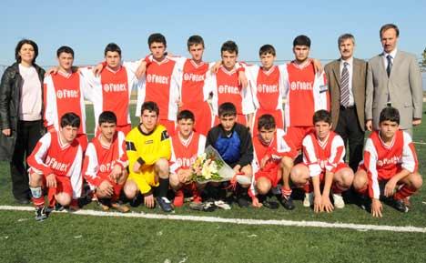 Liseler Arası Futbol Başladı