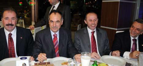 Türkmen Partililerle