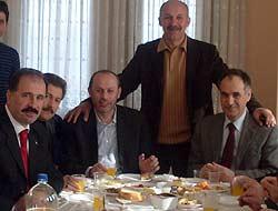 Türkmen, Partilier ile Buluştu