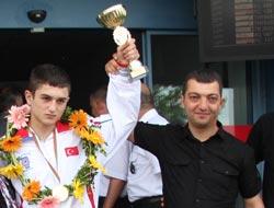 Resul Küçük Avrupa Şampiyonu