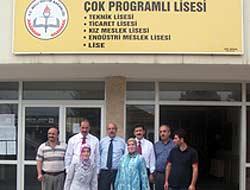 AK Parti Yönetimi Okullarda