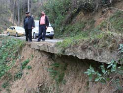 Maden Köyünde Yol Sıkıntısı