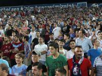 Trabzonspor'dan Avni Aker'de İmza Show