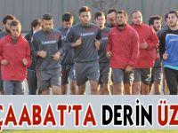 Akçaabat FK Derince deplasmanından eli boş dönüyor.