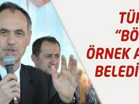"""Türkmen """"Örnek Alınan Belediyeyiz"""""""