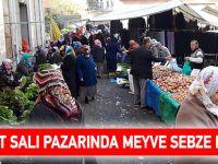 Akçaabat Salı Pazarında Meyve Sebze Fiyatları