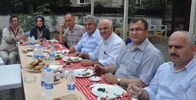 ak-parti-sogutlu-belde-teskilâti-sogutlu'nun-sorunlarini-masaya-yatirildi1,..jpg