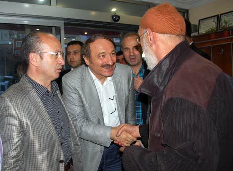 ak-parti-yemek3.20110527184328.jpg