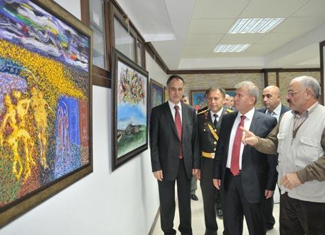 akcaabat-cumhuriyet-kutlamalari.20121028162903.jpg