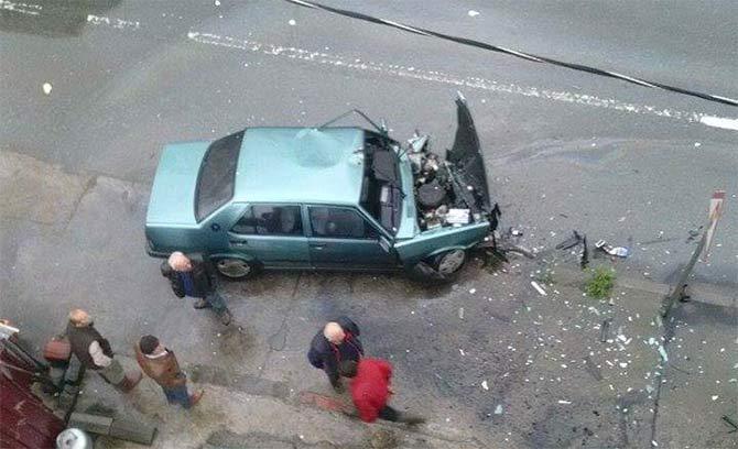 akcaabatta-2-farkli-yerde-meydana-gelen-trafik-kazasinda-2-kisi-yaralandi..jpg
