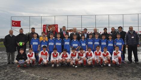 camur-futbol-turnuvasi4.jpg