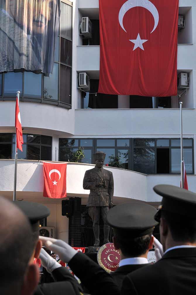 cumhuriyet2-001.jpg