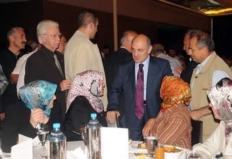 erdogan-bayraktar1.20110608181341.jpg