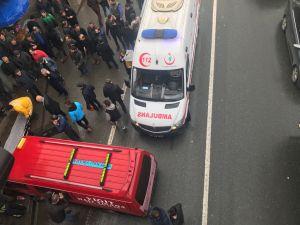 Otobüs Durağına Daldı 1 ölü 4 Yaralı