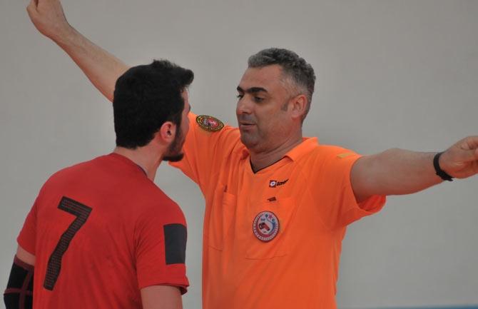 Akçaabat Tütünspor Sakarya BB Hentbol Takımını 31-30 mağlup etti. galerisi resim 17