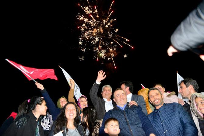 AK Parti Zaferi Kutluyor galerisi resim 1