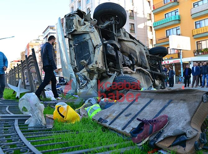Trabzon'da Trafik Kazası; 3 Yaralı Trabzon'un Akçaabat ilçesin galerisi resim 5