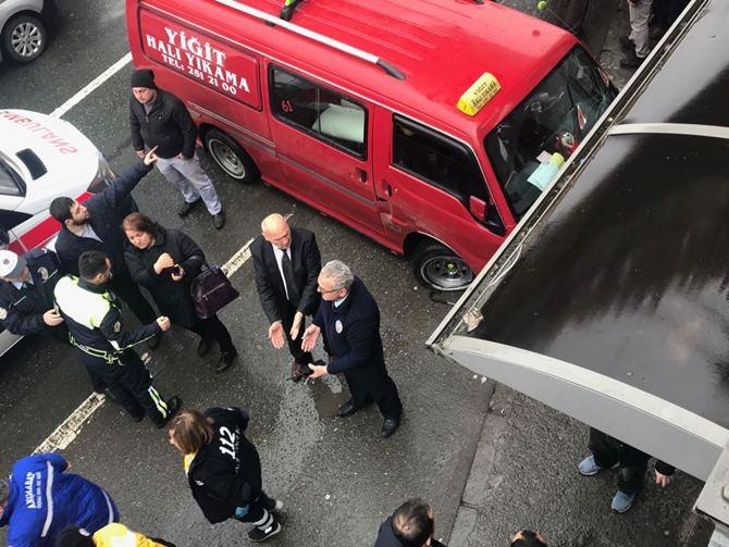 Otobüs Durağına Daldı 1 ölü 4 Yaralı galerisi resim 12