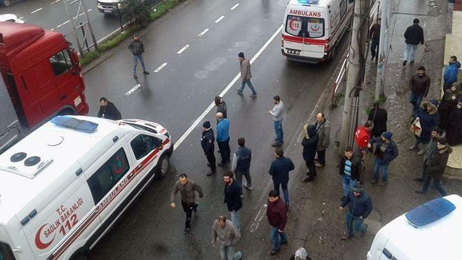 Otobüs Durağına Daldı 1 ölü 4 Yaralı galerisi resim 14