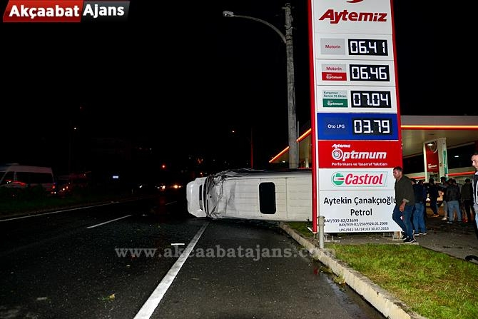 Akçaabat'ta Feci Kaza 1 Ölü 9 Yaralı galerisi resim 1