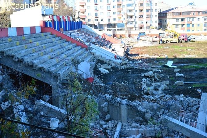 Fatih Stadı Yıkıldı galerisi resim 14