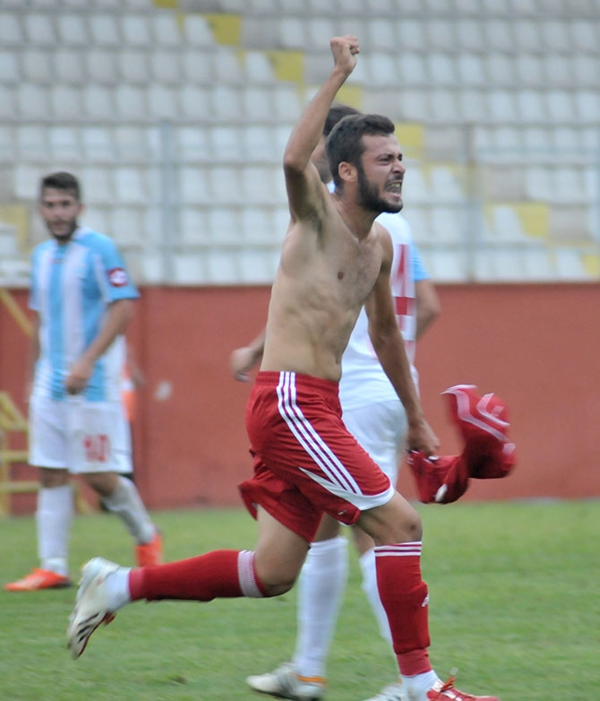Akçaabat FK Tekirova Belediyespor'u 2-0 mağlup etti. galerisi resim 11