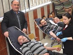 Cemaat Kan Bağışladı