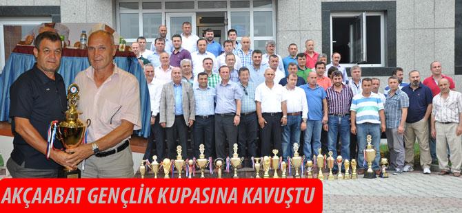 Akçaabat Gençlik Kupasına Kavuştu.