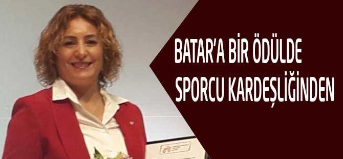 Batar'a Bir Ödülde İstanbul'dan