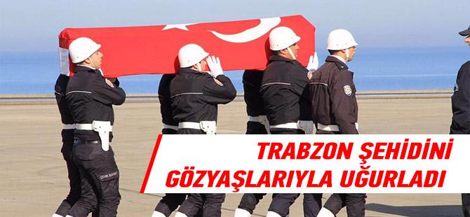Trabzon Şehidini Gözyaşlarıyla Uğurladı.