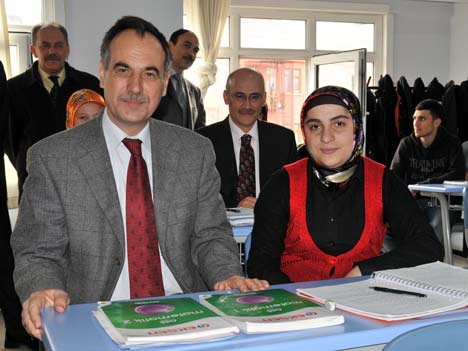 Türkmen Dersaneleri Gezdi