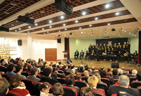Yeni Salonda Konser Verildi.