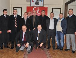 Muhtarlar Derneğinden MHPye Ziyaret