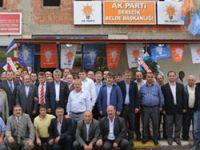 Derecikte AK Toplantı