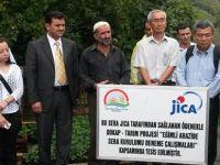 Çınarlık Köyü'ndeki çilek üreticilerine eğitim verildi.