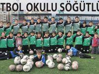 Akçaabat Söğütlü Belediyespor alt yapıya önem veriyor.
