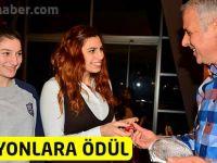 Türkiye Şampiyonlarına Ödül