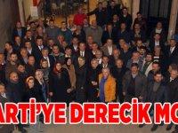 AK Parti'ye Derecik Morali
