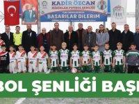 Kadir Özcan Minikler Futbol Şenliği Başladı